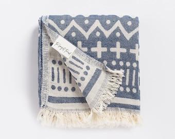Maghreb Navy Blue Turkish Towel, Peshtemal, Travel Towel, Pool Towels, Beach Towel, Bath Towels, Turkish Towels, Navy Blue BeachTowels