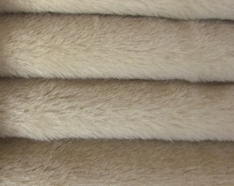 Quality ALP6/S - Alpaca  - 1/6 yard (Fat) in Intercal's Color 149S-Dove. A German Alpaca Fur Fabric for Teddy Bear Making, Arts & Crafts