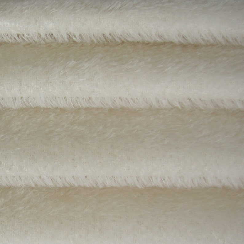 Quality 300S  Mohair  1/4 yard Fat in Intercal's Color image 1