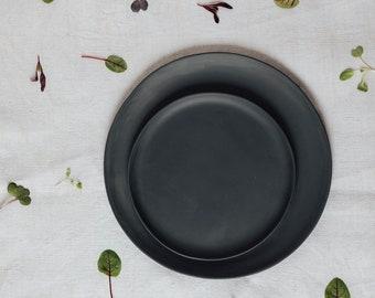 Plates porcelain gray small 19 cm per piece