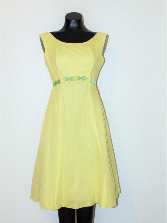 Vintage 1950s Beautiful Yellow Chiffon Dress
