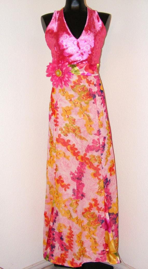 Vintage 1970s Hot Pink Halter top Floral dress...