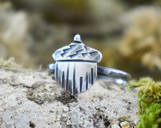 Lil' Acorn Ring | Sterling Silver | Size 5.5