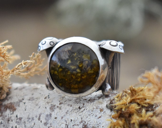 Double Toadstool Wide Bark Band Ring | Sterling Silver and Real Lichen in Resin | Size 5.5