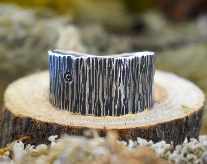 Tapered Bark Band Ring | Sterling Silver | Size 10.5