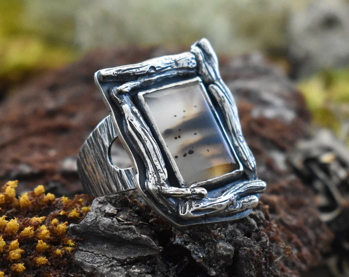 Silver Wood Shadowbox Ring | Sterling Silver and Montana Agate | Size 7.5
