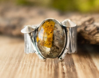 Old Growth Ring   Real Lichen in Resin and Sterling Silver   Size 7