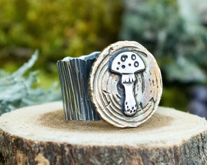 Amanita Mushroom Wide Band Bark Ring | Sterling Silver and Brass | Size 9
