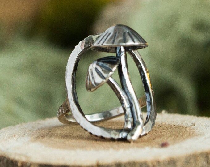 Mushroom Duo Circle Ring, Sterling Silver, Size 7