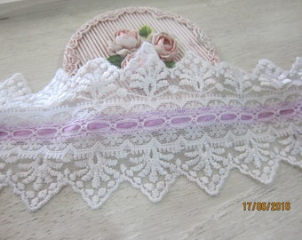 1 Yard- Embroidered Lace with Ribbon/NTL131-Assorted Lace Ribbon/