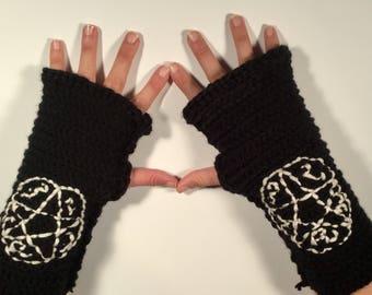 Devils Trap Specialty Fingerless Gloves / Supernatural / geek / winter wear / men / women / Cosplay