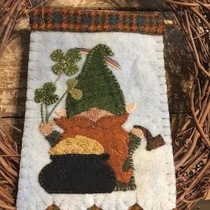 Ewe Love Willows by Susan Gonzales wool appliqu\u00e9 kit