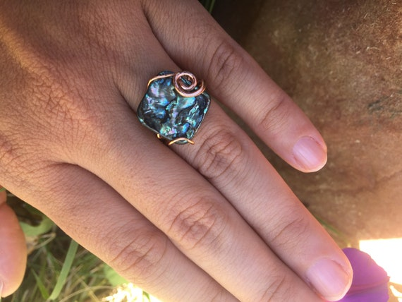 Simple Abalone Ring Size 5