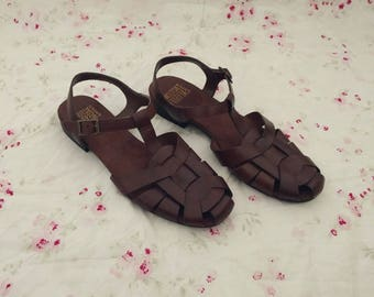 Mootsies Tootsies Leather Sandals (7). Mootsies Tootsies Sandals. Leather Sandals. Vintage Sandals. Vintage Leather.