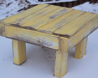 """Reclaimed Wood Stoo 14x14""""l- Weathered Yellow"""
