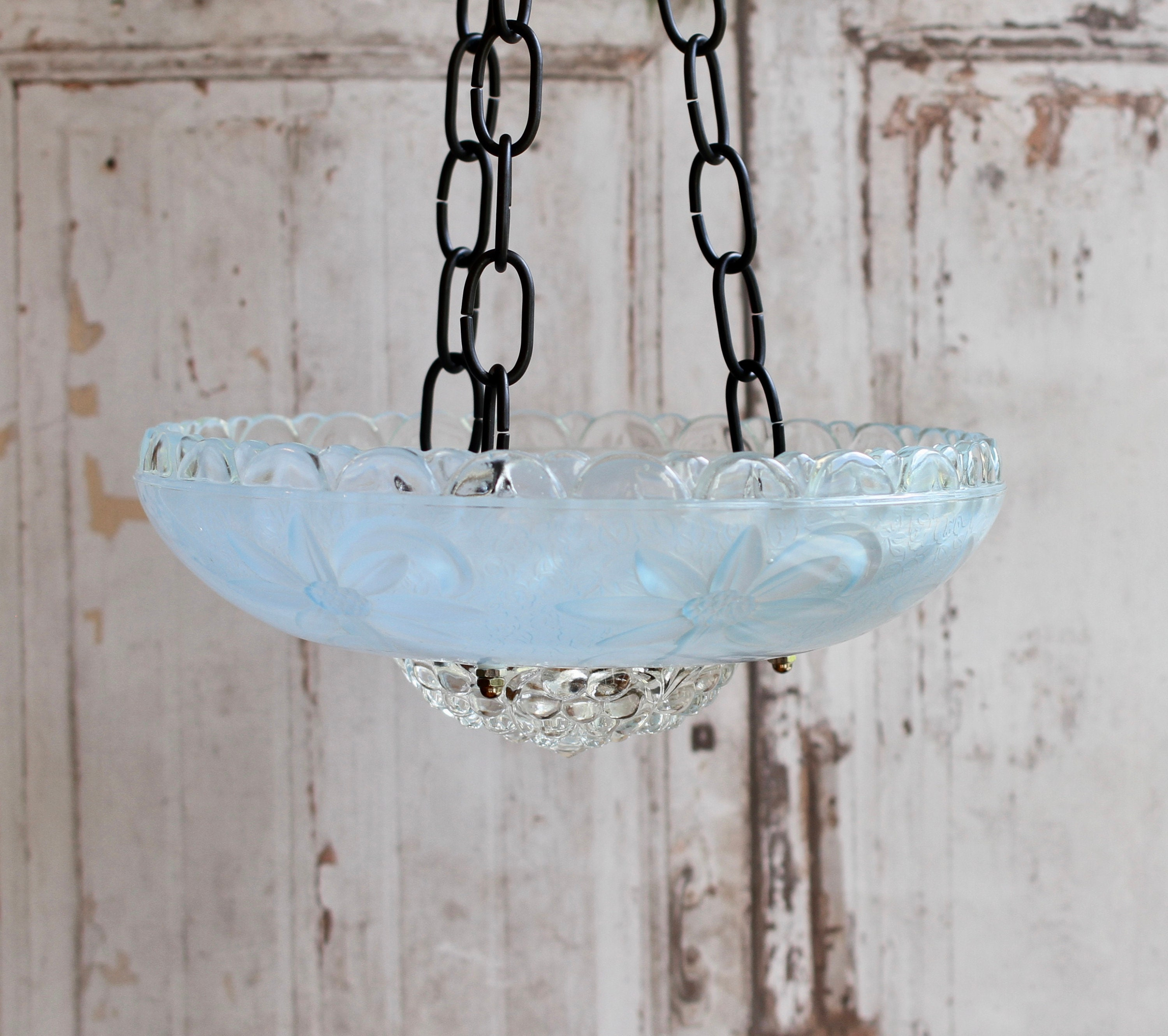Bird Feeder Metal Garden Hanging Decoration Stunning NEW