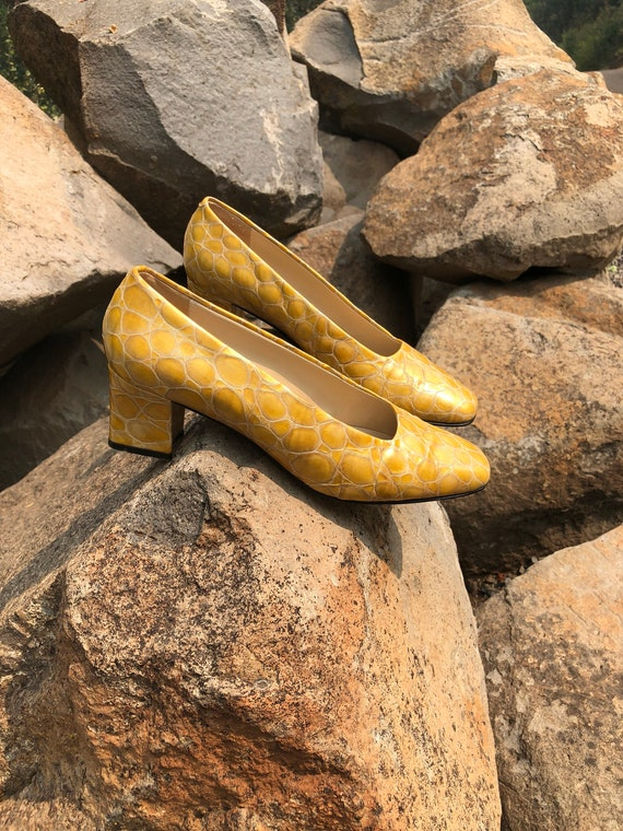 Vintage Crocodile Pumps