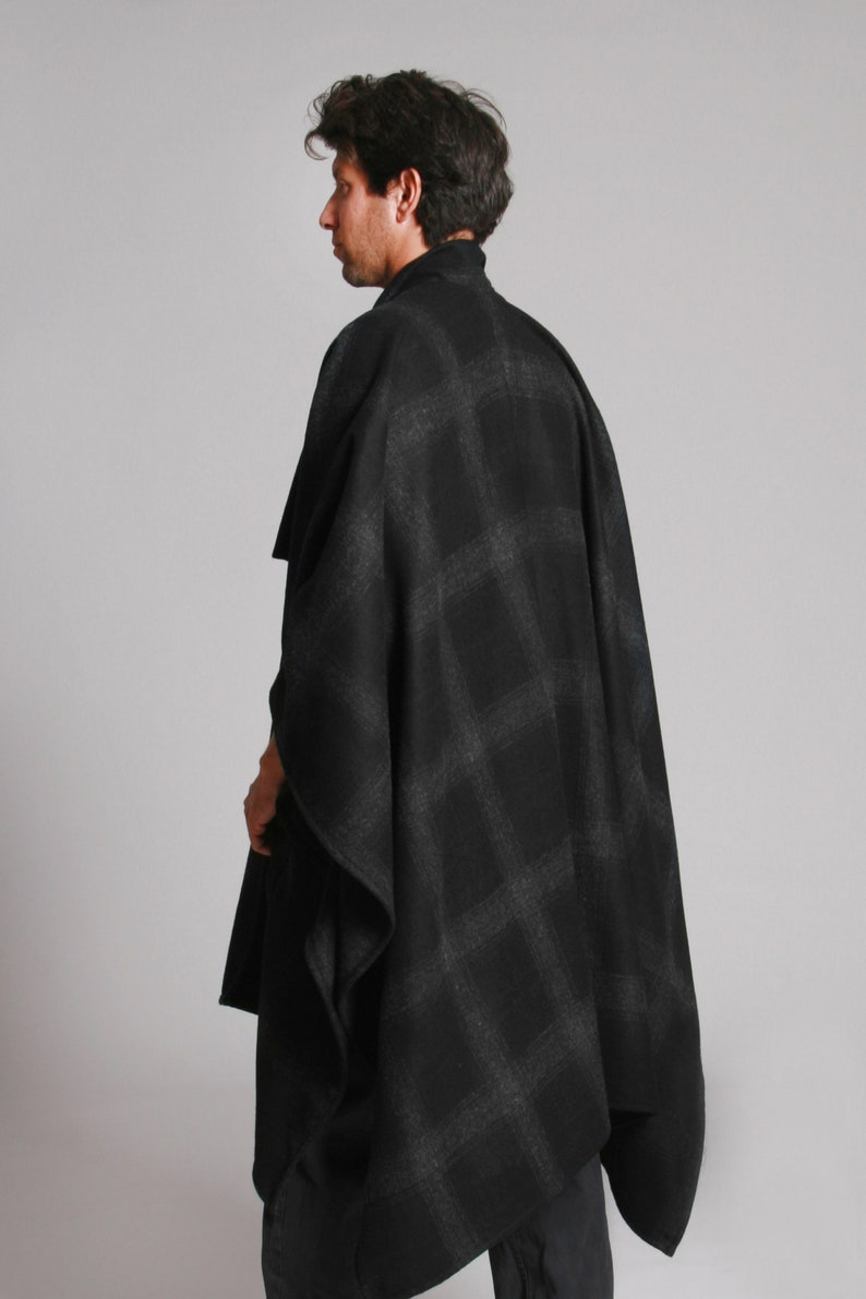 Black And Grey Checked Cape Coat For Winter Plaid Jacket Wool Mens Poncho