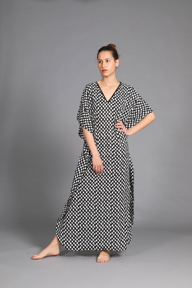 Black And White print Kaftan Dress | Plus Size Maxi Dress | V Neck Summer  Dress
