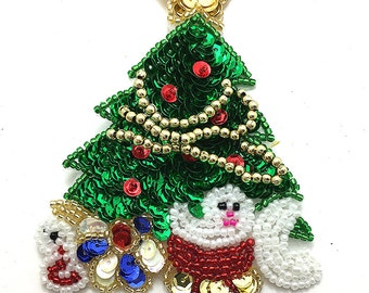 "Christmas Tree Appliqué with Presents, Sequin Beaded 4"" x 3""  -42736-Box20"