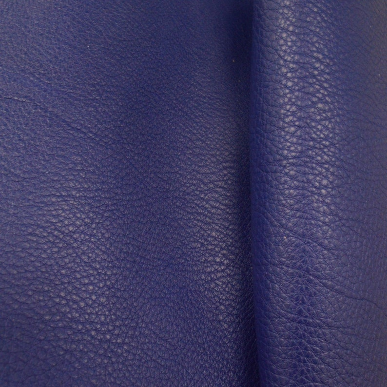 "Retired Princely Purple /""Signature/"" Leather Cow Hide 4/"" x 6/"" Pre-cut 2-3 oz"