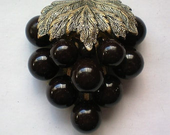 1930's Grape Cluster Dress or Fur Clip - 5878