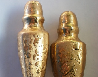 22 KT Weeping Gold Salt and Pepper Shakers - 5903