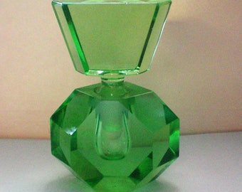 Green Glass Geometric Hexagon Perfume Bottle - 5477