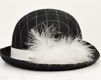 4ec02fde3ae Wilstaff Black Wool Felt Hat Feather Plume England Vintage Accessories  Clothing