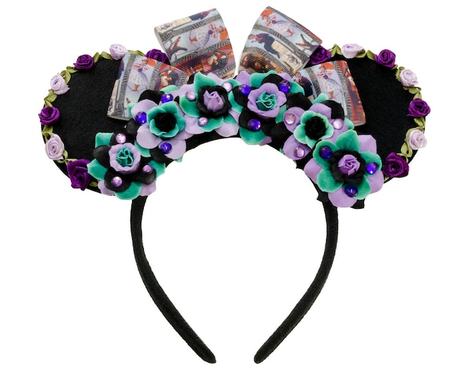 Haunted Mansion Portraits Mouse Ears