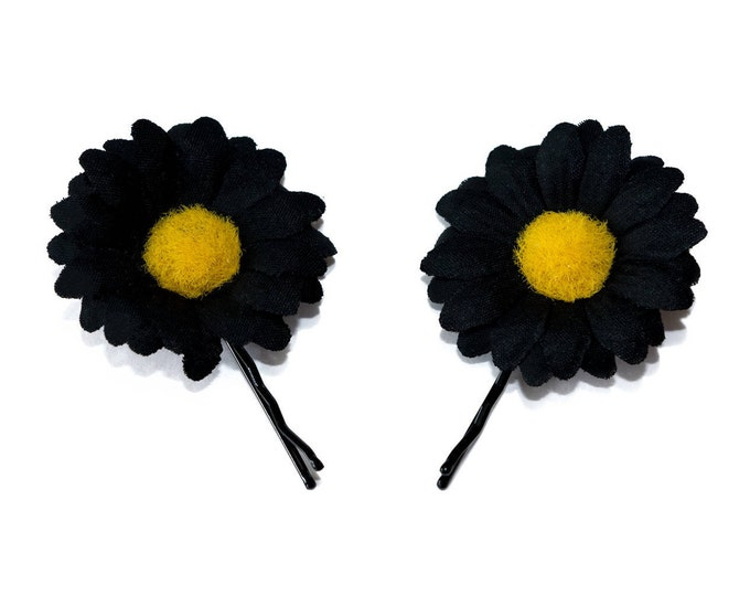 Black Daisy Flower Hair Pin