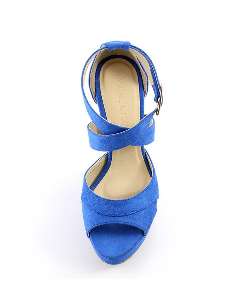 f0dc7807fde17 Qualcosa di blu Scarpe sposa scarpe da sposa blu cobalto