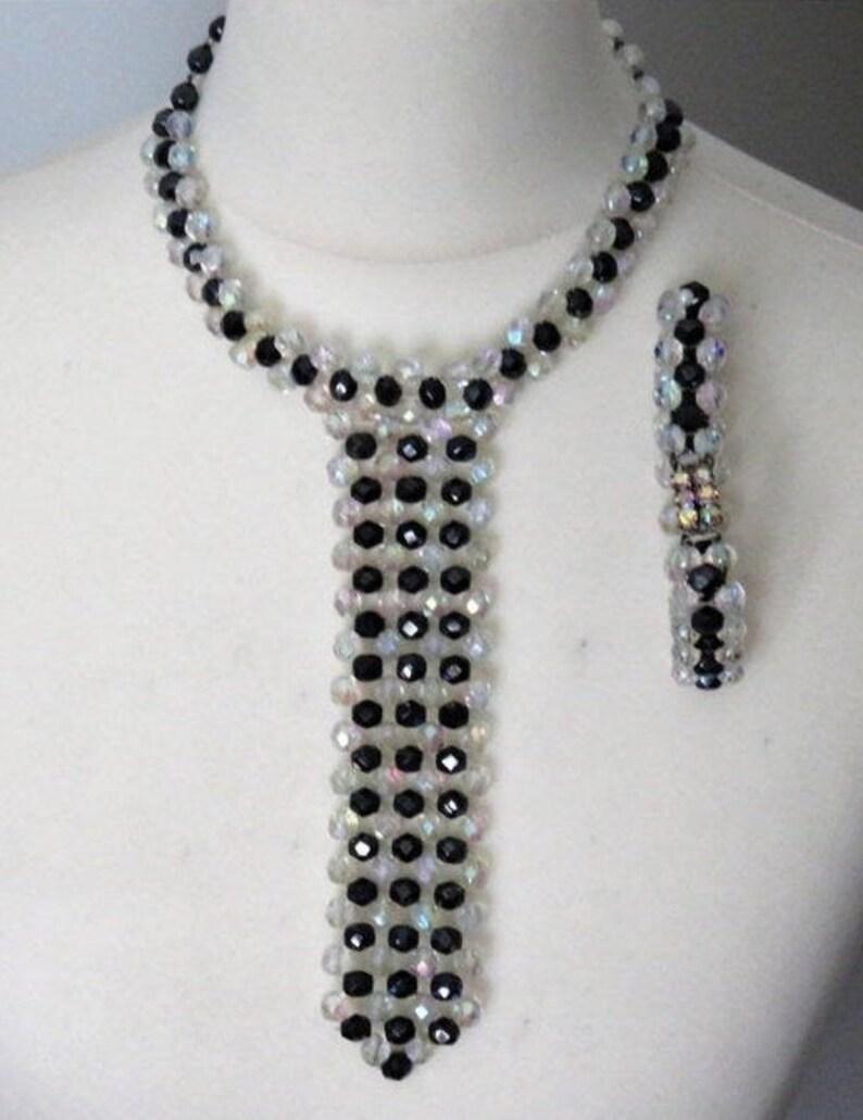 Czech Vintage Jewelry Set Tie-Necklace Bracelet