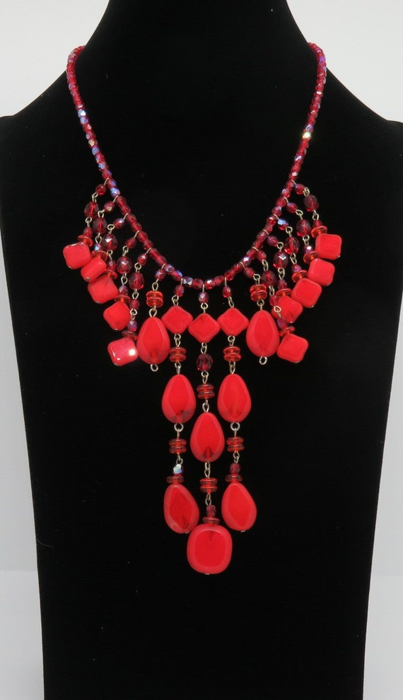 Necklace-Red beads And Silver chain 1980/'s