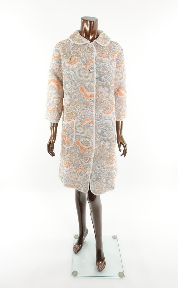 Vintage 70s Quilted Robe Floral Print Housecoat B… - image 2