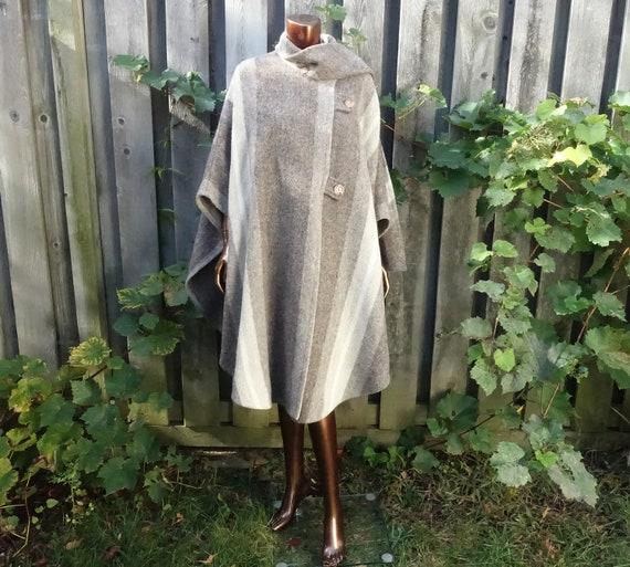 Vintage 70s Striped Wool Blanket Poncho Bohemian R
