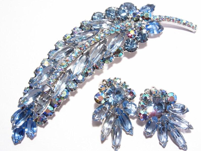 Verified Juliana Blue Rhinestone Brooch Earrings Jewelry Set Vintage 60s