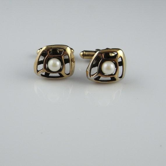 Gold cufflinks Pearl cufflinks gold cuff links sil