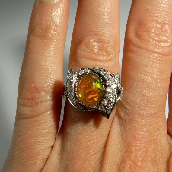 Kostbare Feueropal Ring Feuer opal Diamant Ring Feuer opal Verlobungsring Art Deco Opal Ring Art Deco Verlobungsring 14K Weißgold 14kt 585