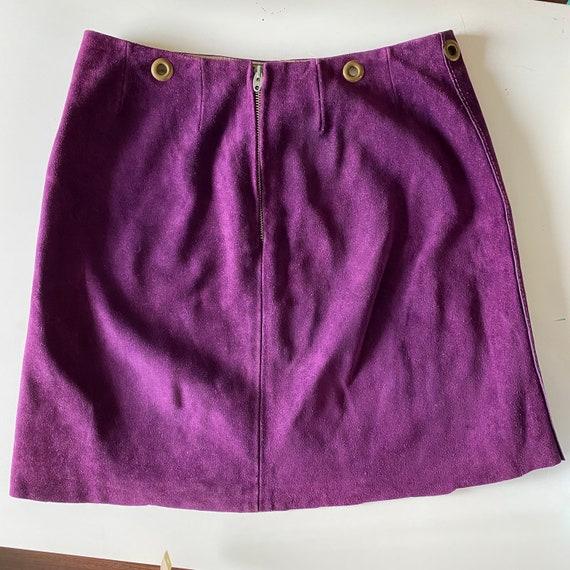 1960s Purple Suede Mini Skirt - image 2