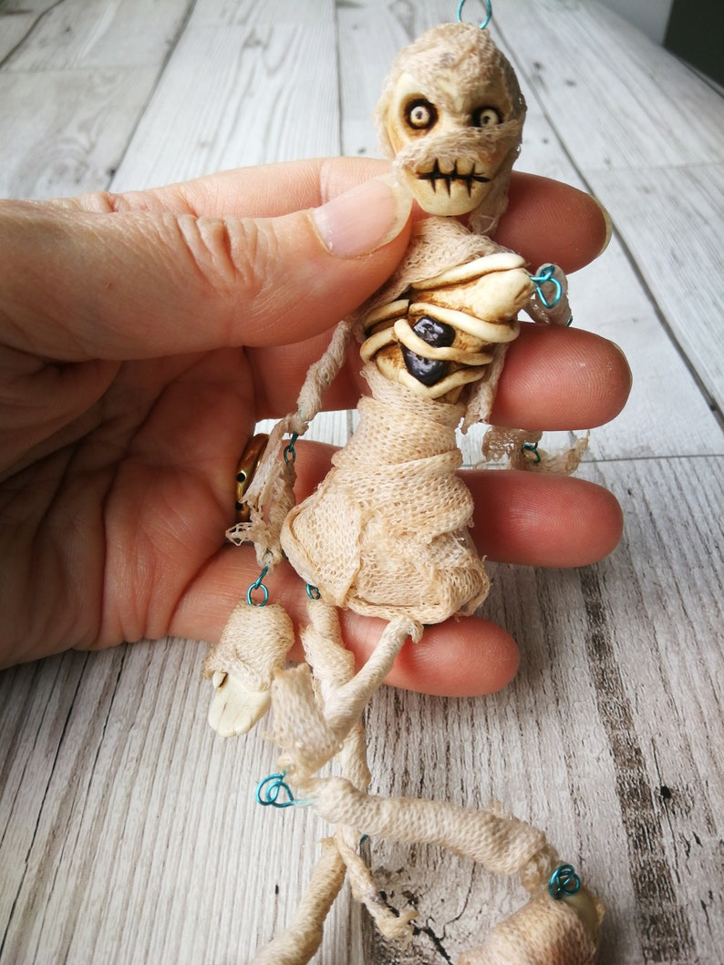 handmade Egyptian mummy with stand. living dead The Mummy creepy cute Halloween Gothic art doll fabulous Gothic ornament