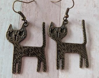 Cat earrings, bronze earrings, cat jewellery, animal earrings, cat lover gifts, cat lady gifts, kitty earrings, animal jewellery, bff gifts