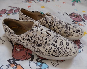 3e598635b86 Vintage 80 s 90 s Keds Hieroglyph Print Sneakers