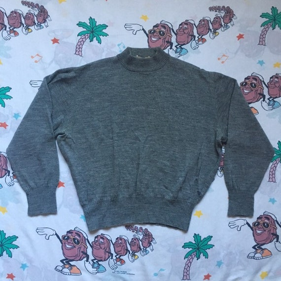 Vintage 40's Jantzen Gray Sweater, size Small