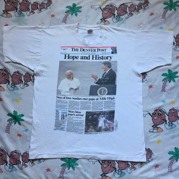 Vintage 90's Pope John Paul II Bill Clinton World