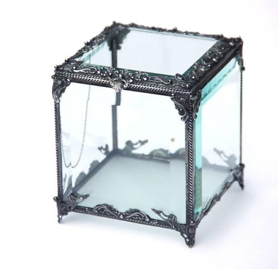 Brilliant Cubic Casket Glass Display Box Clear Glass Jewelry Box Glass Box Box Glass Jewelry Box Display Box Dailytribune Chair Design For Home Dailytribuneorg