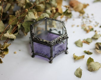 wedding ring box with flowers, Hexagon Jewelry Box, Glass Box, Engagement Ring Box, Stained glass jewellery box, vintage looking casket,