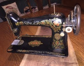 Singer Redeye Sewing Machine, very solid, Excellent Condition, Great old time look, Just like grandma used