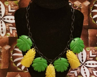 1940s Carved Totem and Pineapple Top Tiki Plastic Necklace & Earrings Set Bakelite Replica
