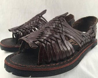 718ee6303da7 WOMENS LEATHER HUARACHE Sandals vintage style made in mexico with tire sole    all sizes